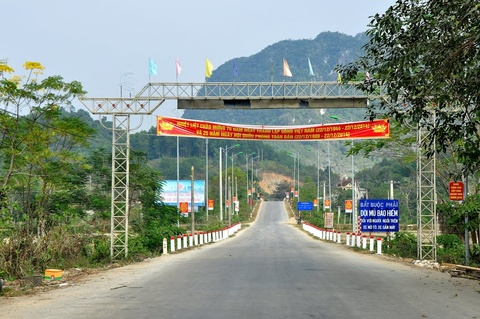 dong dat o nghe an hinh anh