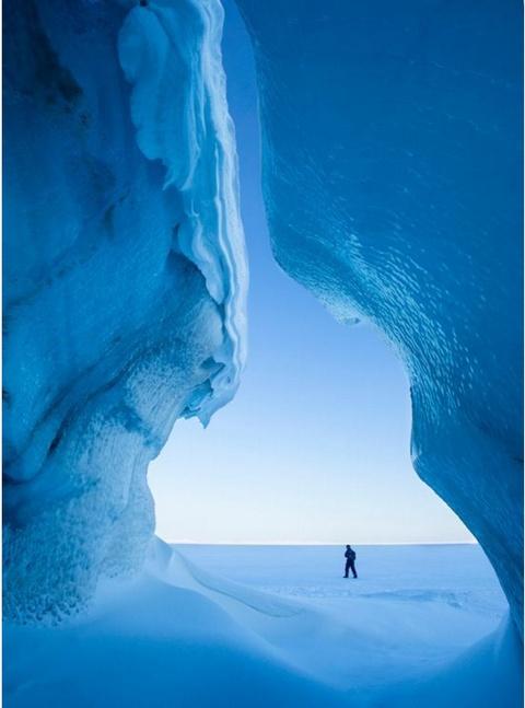 Anh cua co gai Viet vao chung ket National Geographic hinh anh 7 Chuyến thám hiểm vùng băng tuyết Svalbard khiến Swee Ong Wu choáng ngợp với những địa hình độc đáo.