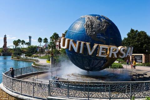 Tour ngoai gio danh cho khach VIP hinh anh 4 Tour Hogwarts và thế giới phù thủy của Harry Potter, Universal Studios, Florida, Mỹ: Nếu dư dả về tài chính, du khách có thể thuê toàn bộ công viên giải trí Universal Studios hoặc bất cứ khi nào, với đầy đủ dịch vụ kèm theo như ăn uống, vui chơi.