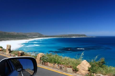 Nhung dieu khien Nam Phi hap dan du khach hinh anh 10 Những bãi biển nguyên sơ: Du khách có thể tới thăm các bãi biển cát trắng, nước xanh thuộc vịnh Plettenberg. Phần lớn các bãi biển của Nam Phi còn khá hoang sơ, không bị quá tải. Ảnh: Worldfortravel.