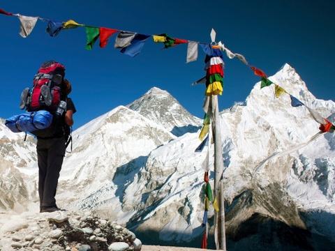 Ha Noi vao top nhung diem den dang mo uoc nam 2016 hinh anh 7 Đỉnh Everest, Nepal: Chinh phục nóc nhà thế giới là mơ ước của nhiều người. Chính phủ Nepal dự định sẽ cấm người leo nghiệp dư lên đỉnh Everest để đảm bảo an toàn. Do đó, nếu muốn có được trải nghiệm này, bạn nên chuẩn bị lên đường sớm.