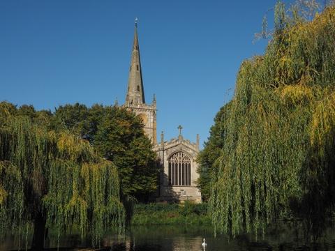 15 ke hoach chu du dang thu nam 2016 hinh anh 7 7. Stratford-upon-Avon, Anh: Năm 2016, thành phố quyến rũ cạnh bờ sông này sẽ tổ chức lễ kỷ niệm 400 năm ngày mất của William Shakespeare, với nhiều hoạt động văn hóa thú vị. Đây là nơi tuyệt vời để du khách tạm rời xa sự ồn ào của London, chiêm ngưỡng kiến trúc cổ, thưởng văn hóa ẩm thực hiện đại và những vở kịch nổi tiếng.