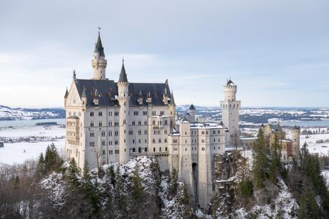 15 ke hoach chu du dang thu nam 2016 hinh anh 9 9. Bavaria, Đức: Tất nhiên, thời điểm lý tưởng nhất để tới Bavaria là mùa thu, lúc diễn ra lễ hội Oktoberfest. Đặc biệt, năm 2016 sẽ là kỷ niệm 500 năm luật bia tinh khiết của Đức, với nhiều sự kiện hấp dẫn. Ngoài ra, khu vực lịch sử này còn có những ngọn núi tuyệt đẹp và các lâu đài kỳ diệu, đáng để khám phá vào bất cứ tháng nào trong năm.