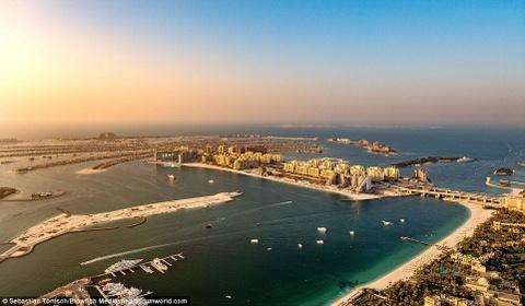 Nhung toa nha choc troi o Dubai huyen ao trong suong hinh anh 13