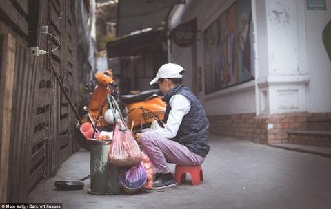 Pho co Ha Noi than thuoc va song dong tren bao Anh hinh anh 20
