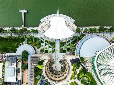 Kien truc an tuong cua Singapore nhin tu tren cao hinh anh 1