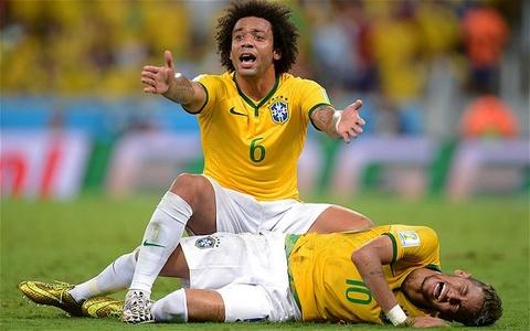 Sao Brazil gap bac si tam ly de vuot qua cu soc Neymar hinh anh
