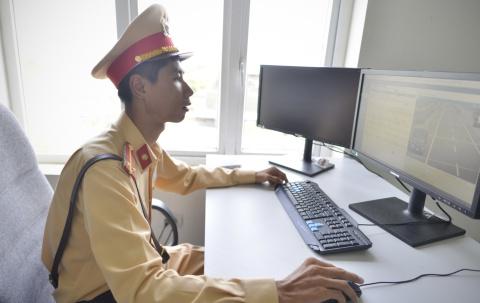 CSGT xu ly vi pham qua camera o cao toc Noi Bai - Lao Cai hinh anh 5