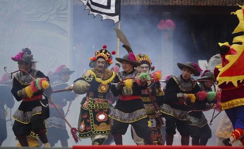 Thu tuong du le ky niem chien thang Ngoc Hoi - Dong Da hinh anh 11