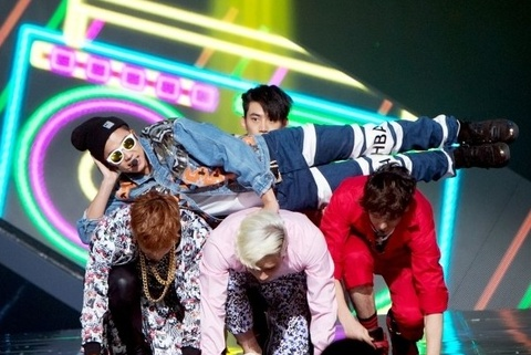 Go Crazy (M!Countdown 25.9) - 2PM hinh anh