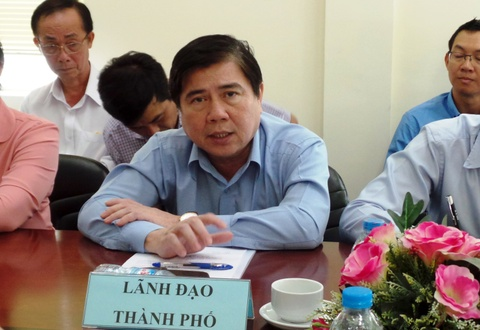 Ong Nguyen Thanh Phong khao sat kenh o nhiem nhat Sai Gon hinh anh