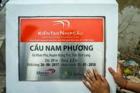 Khanh thanh cau Nam Phuong cho ba con tinh Vinh Long hinh anh 2