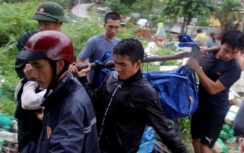 Hiện trường lũ cuốn, sạt lở làm 10 người tử vong ở Nha Trang