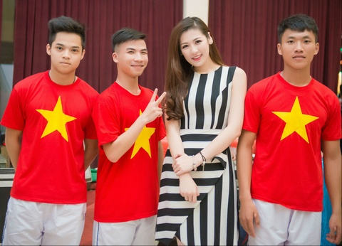 Duong Tu Anh dong hanh cung Doan The thao VN tai SEA Games hinh anh