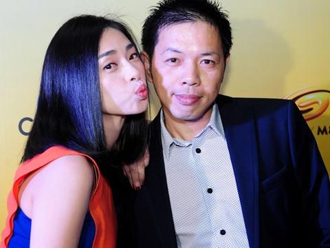 My nhan Viet mac goi cam mung phim 'chi Hoi' ra rap hinh anh