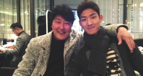 Tài tử Song Kang Ho lên tiếng xin lỗi vì con trai chọc giận fan EXO