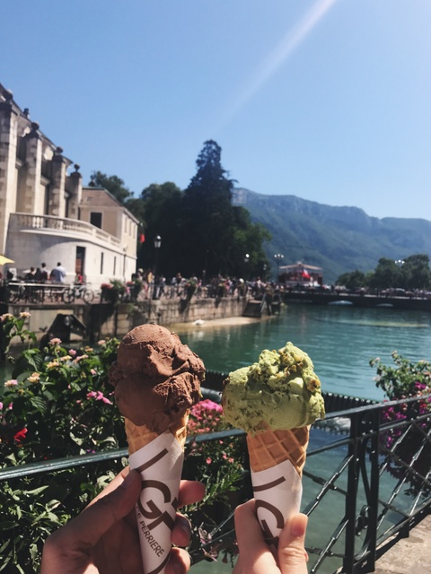 #Justgo: Kham pha Annecy - 'Venice cua nuoc Phap' hinh anh 11