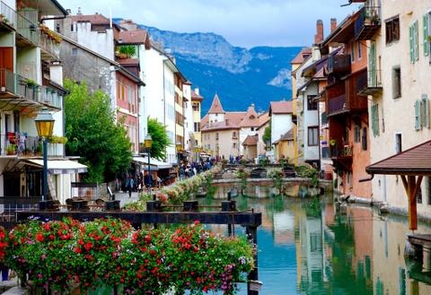 #Justgo: Kham pha Annecy - 'Venice cua nuoc Phap' hinh anh 1