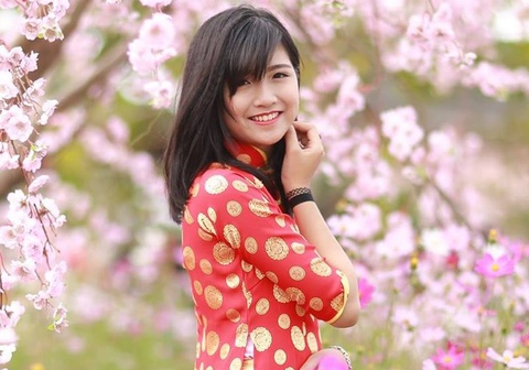 Khoanh khac nhi nhanh cua hoa khoi DH Luat Ha Noi hinh anh