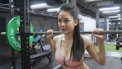 Tram Anh: 'Minh da xin loi nhung moi nguoi khong chap nhan' hinh anh 6