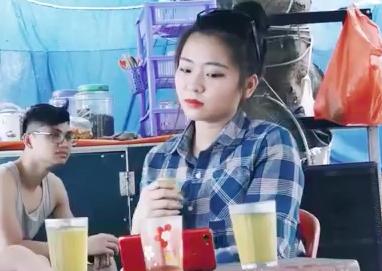 Co gai the hien ca khuc 'Thuong ve xu Nghe' hinh anh