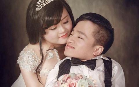 Chang trai xuong thuy tinh song the nao sau 2 nam cuoi vo xinh dep? hinh anh