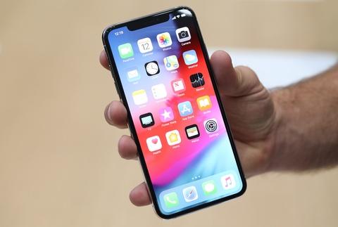 Apple nghin ty, XS Max 1.500 USD va cuc sac tu thoi iPhone 3G hinh anh