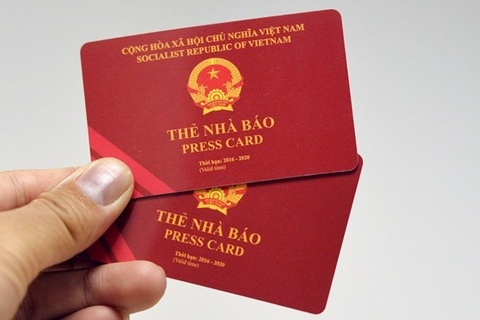 Pho tong bien tap bao Thanh Nien bi thu hoi the nha bao hinh anh