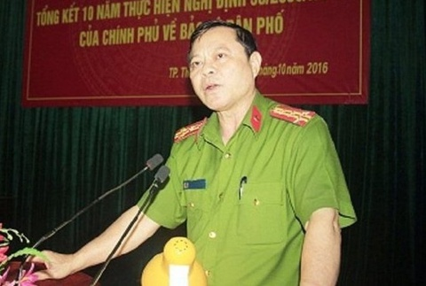 Dinh chi Truong cong an TP Thanh Hoa bi to nhan tien 'chay an' hinh anh