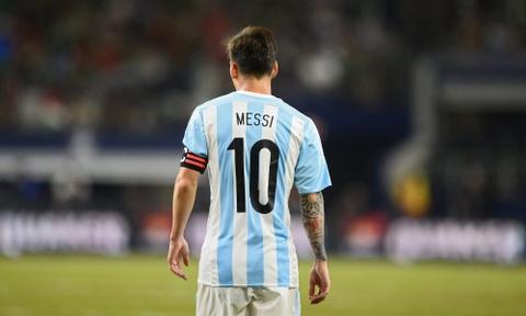 Lionel Messi: Tim giac mo World Cup trong noi am anh Maradona hinh anh 2