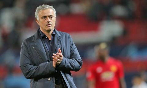 MU hoa Valencia 0-0: Khi ca nuoc Anh chong lai Mourinho hinh anh