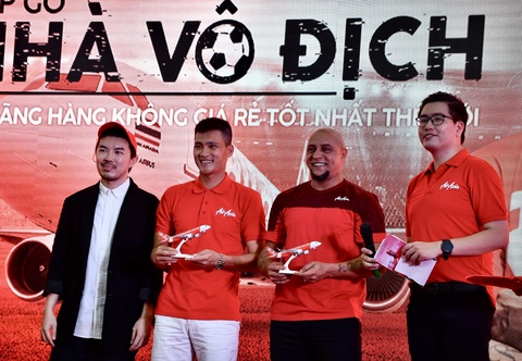 Den My Dinh, Roberto Carlos chuc DT Viet Nam thang Malaysia hinh anh