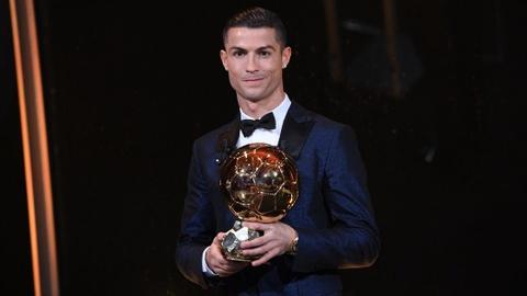 'Ronaldo muon gianh Qua bong vang cung Juventus' hinh anh