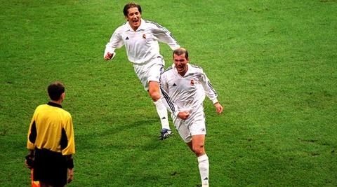 Zinedine Zidane va khoanh khac vi dai cua thien tai hinh anh 4
