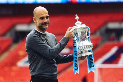Su that vu Pep Guardiola roi Man City toi Juventus hinh anh 1