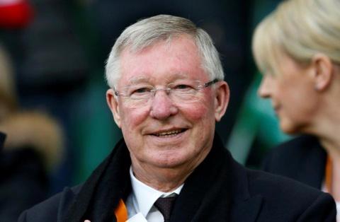 Sir Alex Ferguson xuat vien sau gan 1 thang dieu tri xuat huyet nao hinh anh