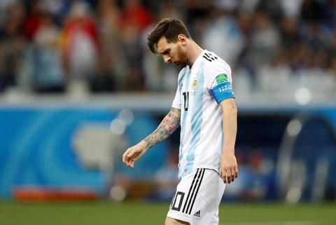 HLV Argentina benh vuc Messi, che trach doi tuyen hinh anh