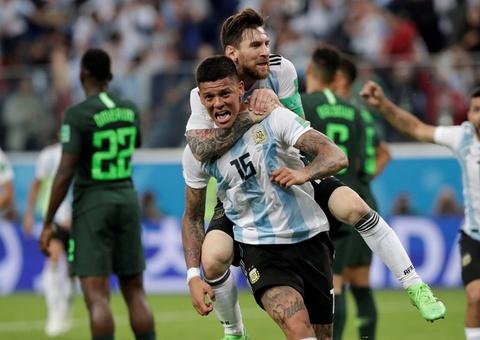 HLV Sampaoli: 'Argentina se khon kho neu Messi khong cam thay an toan' hinh anh