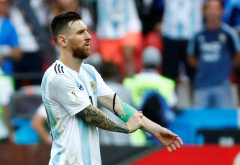Messi that vong trong ngay Argentina bi loai khoi World Cup hinh anh 10