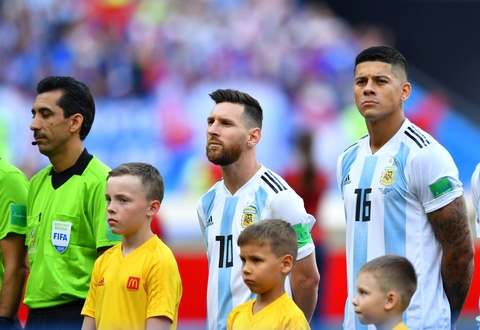 Messi that vong trong ngay Argentina bi loai khoi World Cup hinh anh 1