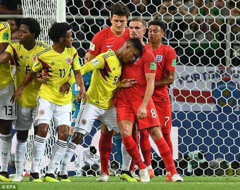 Cau thu Colombia xung dang nhan the do khi huc cam Henderson hinh anh
