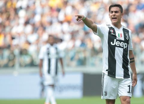 Ke thang, nguoi thua trong vu Ronaldo cap ben Juve hinh anh 4