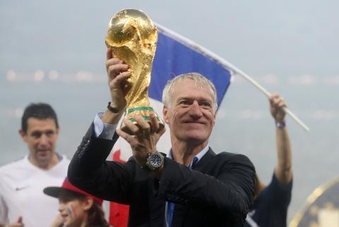 HLV Deschamps chan duong toi tuyen Phap cua Zinedine Zidane hinh anh