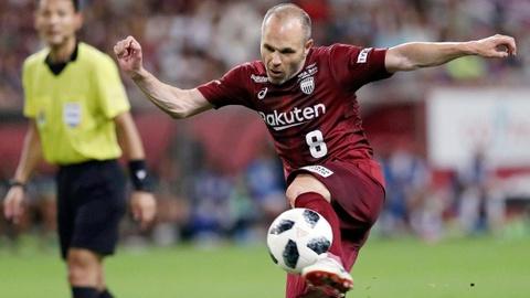 Ban thang cua Iniesta cho CLB Vissel Kobe hinh anh