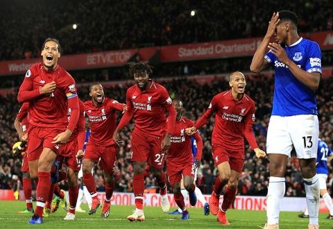 'Sieu du bi' ghi ban giup Liverpool thoat hiem phut cuoi hinh anh