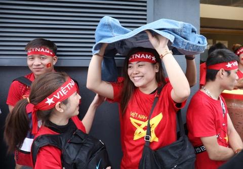 CDV Viet Nam xoay xo nhanh chong khi gap mua nang hat o Malaysia hinh anh 7