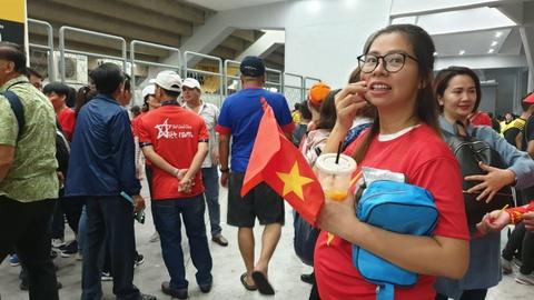 Hon 100 CDV Viet Nam treo rao vao xem chung ket AFF Cup hinh anh 7