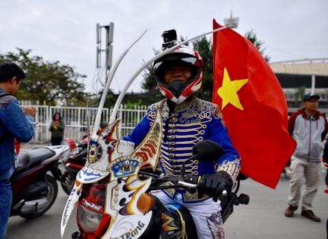 Khong khi soi dong tai san My Dinh truoc tran Viet Nam gap Malaysia hinh anh 7