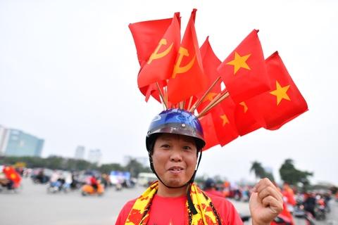 Khong khi soi dong tai san My Dinh truoc tran Viet Nam gap Malaysia hinh anh 1