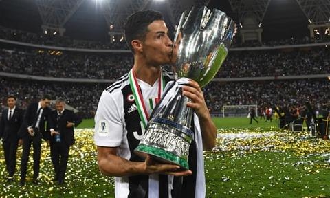 Ronaldo toa sang giup Juventus gianh Sieu cup Italy hinh anh